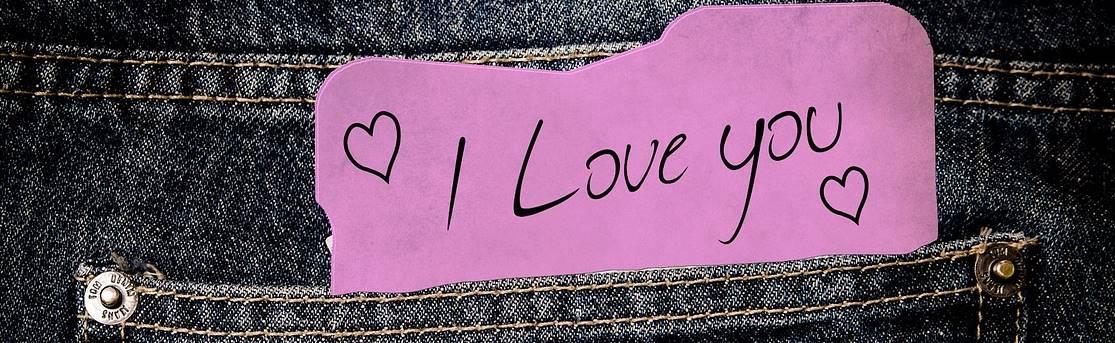 Selbstgeschriebene liebesbriefe für ihn